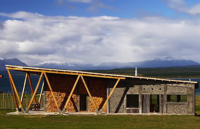 Outside IN House in Puerto Natales, Chile by Fernanda Vuilleumier Studio