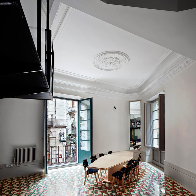 INSIDE World Interior of the Year 2013: Carrer Avinyó by David Kohn Architects. Photo © David Kohn Architects.