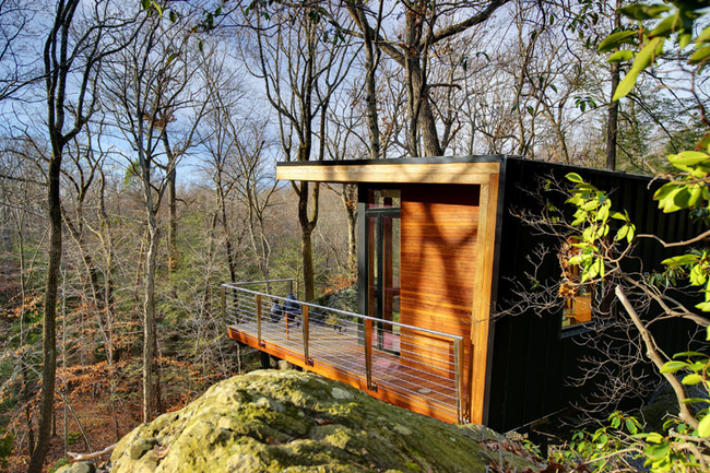 Studio Retreat in Chappaqua, NY by Workshop/APD; Photo: T. G. Olcott