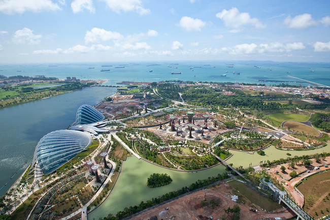 Cooled Conservatories, Gardens by the Bay, Singapore by Wilkinson Eyre Architects (Photo: Craig Sheppard)