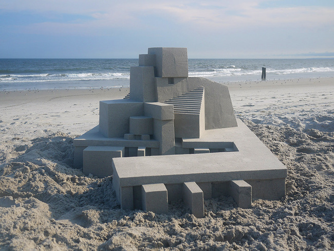 One of Calvin Seibert's modernist-inspired sandcastles. Photo © Calvin Seibert.