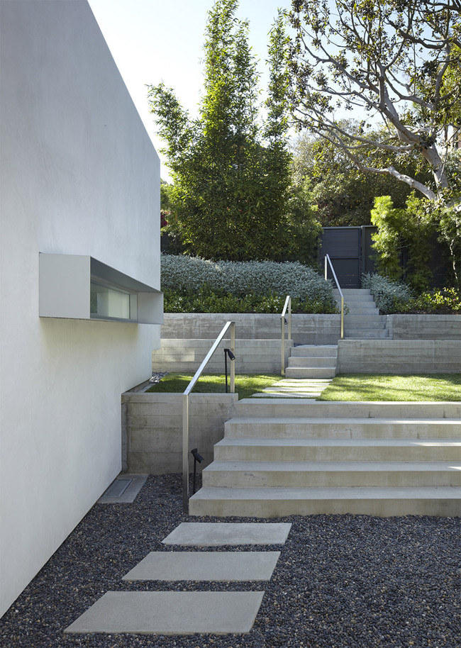 Santa Monica Canyon Residence in Los Angeles, CA by Griffin Enright Architects