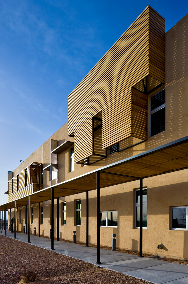 Regional Winner: GSA Office Building in Albuquerque, NM. Architect – Page Southerland Page, LLP. Photo © Patrick Coulie Photography