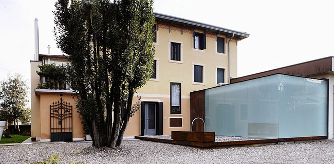 EUROOM in Fiume Veneto, Italy by corde