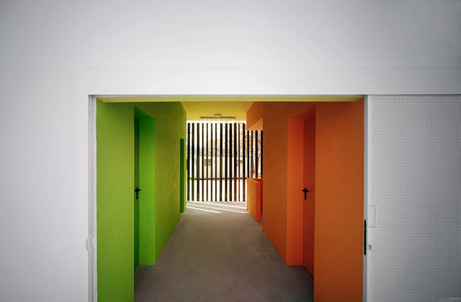 Rooms and Sports Facilities in a Park in Vélez-Málaga, Spain by GANA Arquitectura