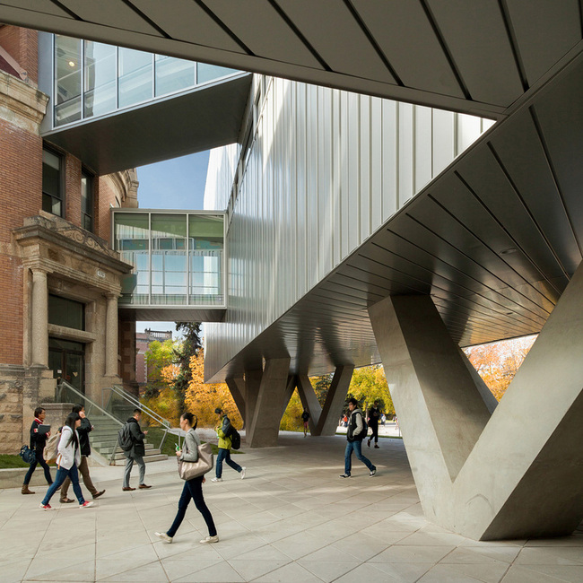 Governor General's Medalist: University of Manitoba ARTlab (Winnipeg, MB): Patkau Architects / LM Architectural Group. Photo: Patkau Architects.