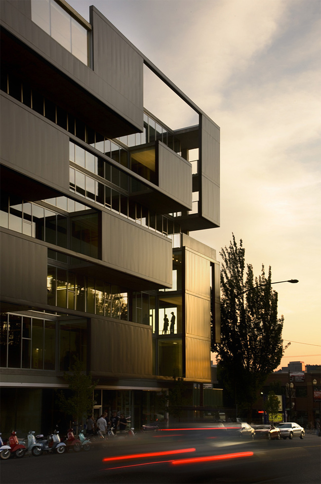 bSIDE6 in Portland, OR by Works Partnership Architecture (W.PA); Photo: Stephen A. Miller