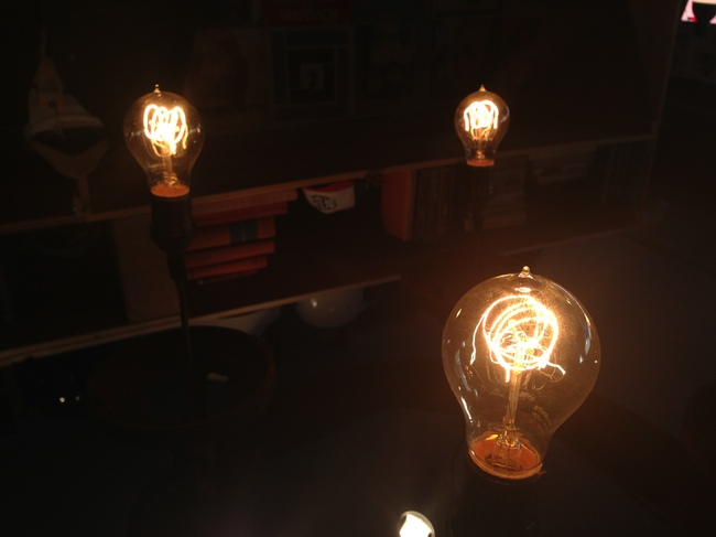 Researchers at MIT have developed an incandescent light bulb thats more energy-efficient than LED or fluorescent bulbs. Credit: Anita Hart via Flickr