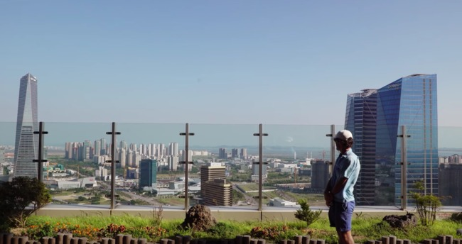 "Screenshot from Oscar Boyson's ""The Future of Cities"", overlooking construction in Songdo, South Korea."