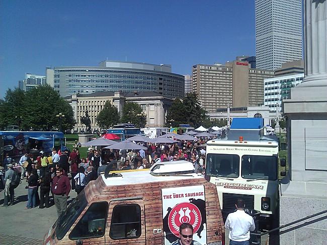food truck conga line!