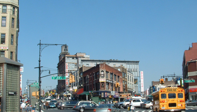 A 2007 photo of The Hub, the main shopping district in South Bronx. Photo via Wikipedia.