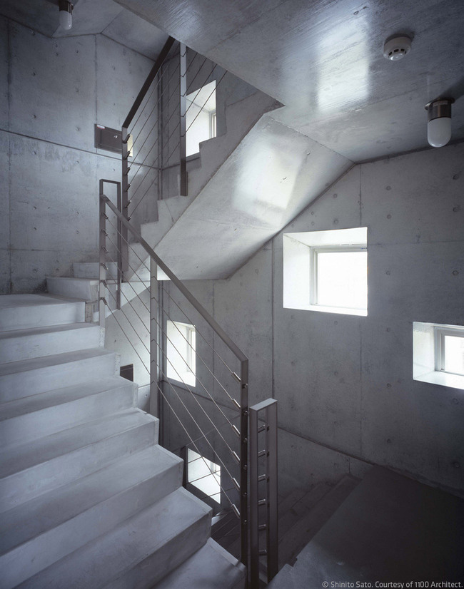 Naha City Gallery & Apartment House in Okinawa, Japan by 1100 Architect (Photo: Shinito Sato)
