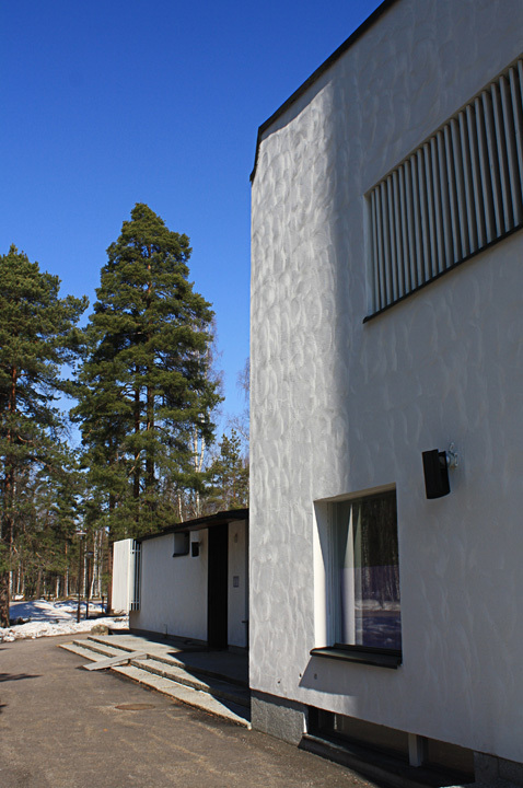 Detail of wall treatment at the Vuoksenniska Church (Church of 3 Crosses), Vuoksenniska, Finland 1958