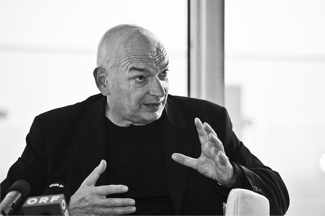 Jean Nouvel. Photo by Christopher Ohmeyer via Wikipedia.