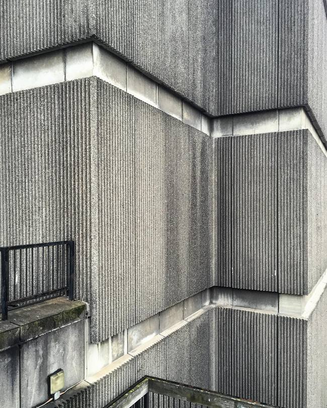 Béton brut at St. James Centre in Edinburgh. Image via @hckbln on Instagram.