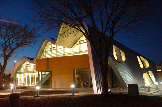 Shortlisted: Jasper Place Library, Edmonton, Canada; Photo: Stephan Pasche