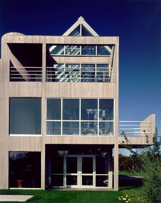 Credit- Wolfgang Hoyt:Esto De Menil Residence, East Hampton, N.Y., Gwathmey Siegel & Associates Architects, 1983 (exterior)