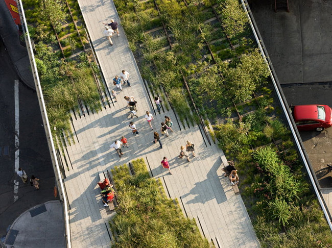 The High Line in NYC. (Image via thehighline.org)