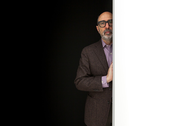 Isay Weinfeld at the ESPASSO gallery. Photo: Eliseu Cavalcante
