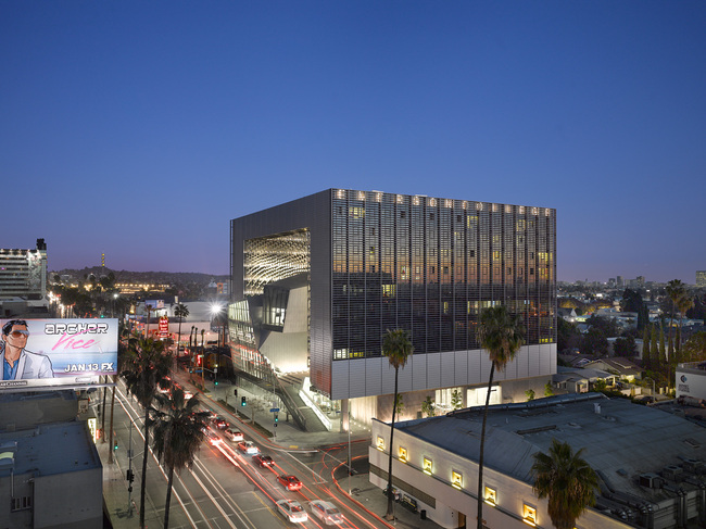 Emerson College Los Angeles by Morphosis Architects. Photo: Roland Halbe.