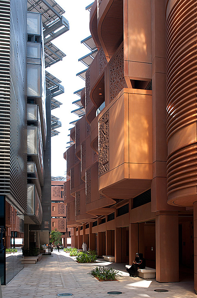 Masdar Institute in Masdar City, Abu Dhabi, United Arab Emirates (Photo: Nigel Young)