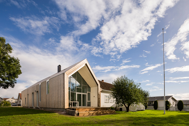 Øvre Tomtegate 7 in Enebakkneset, Norway by Link Arkitektur; Photo: Hundven-Clements photography