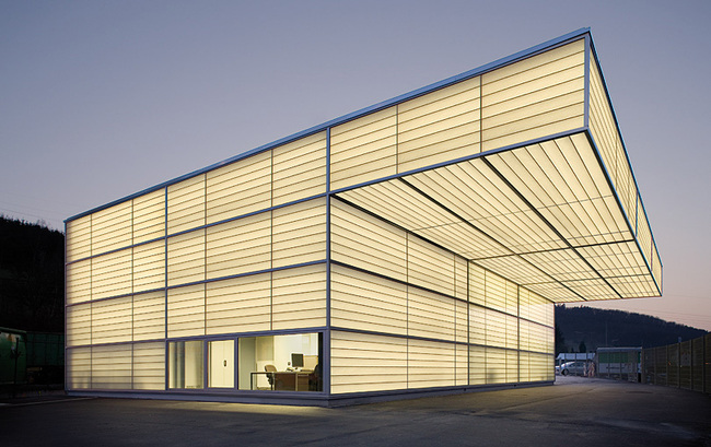 Workshop in Siegen, Germany by Ian Shaw Architekten; Photo: Felix Krumbholz