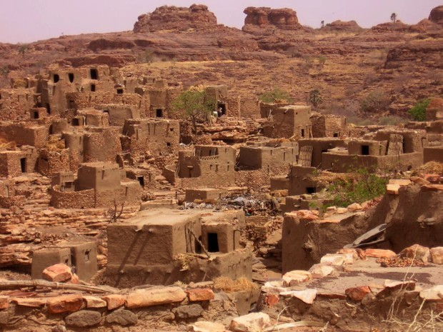 Many cities in Mali are built out of sun-dried mud, a building material that's been used for centuries. Photo credit: James Dorsey/Courtesy of Jon Sojkowski, via citylab.com