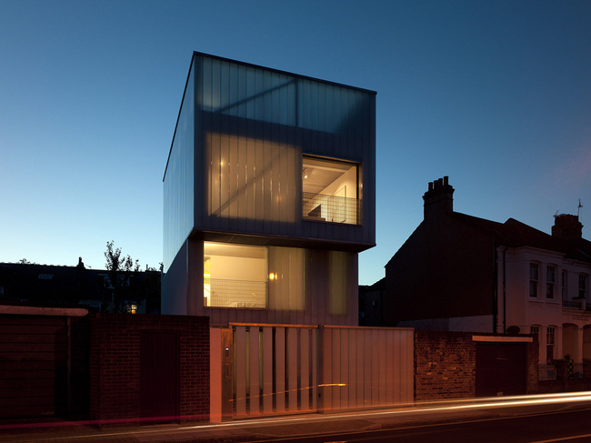 Winner of the 2013 Manser Medal: Slip House by Carl Turner Architects. Photo: Richard Glover