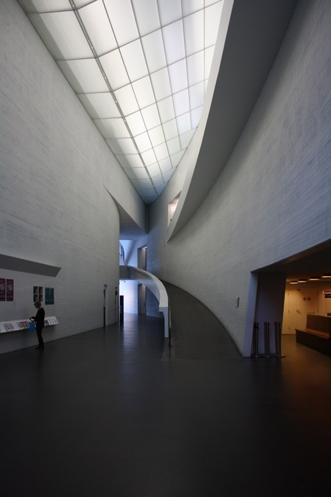 Steven Holl's Kiasma Museum of Contemporary Art