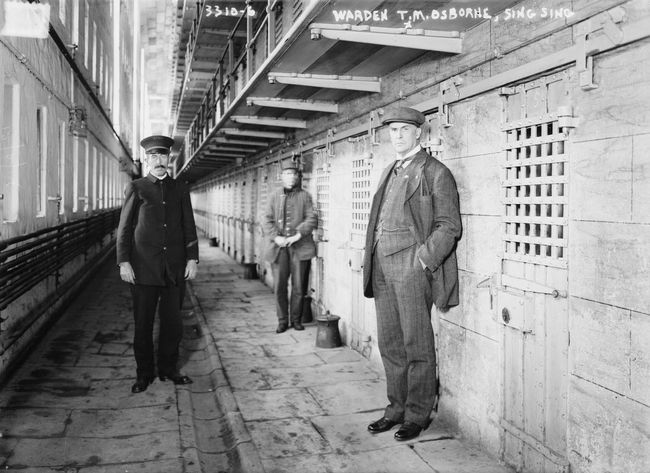 Lack of access to housing contributes to recidivism rates –and may be a form of discrimination, according to HUD. Image: Sing Sing in 1900, via wikimedia.org
