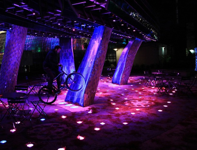 LED lights used in a public courtyard. Image via pixabay.com
