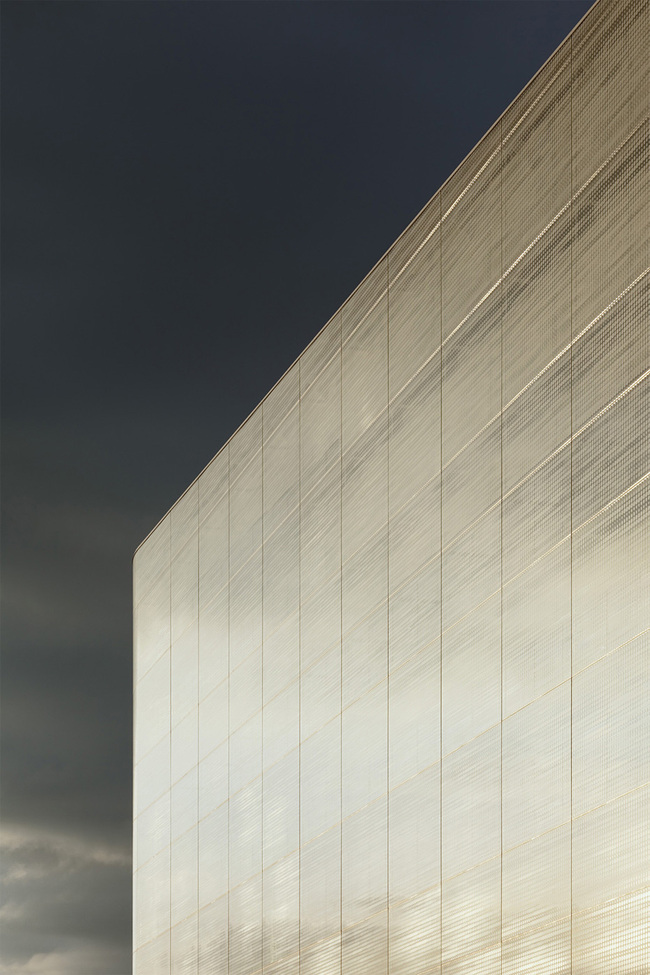 Kulturbau 'Forum Confluentes' in Koblenz, Germany by Benthem Crouwel Architects; Photo: Thomas Eicken