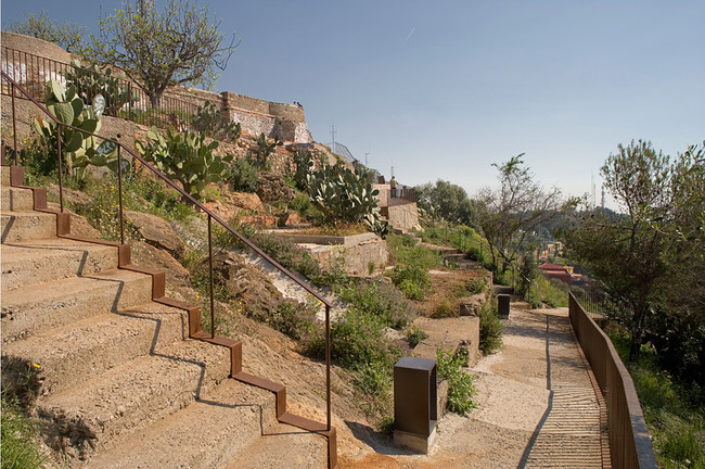 JOINT WINNER: LANDSCAPING OF THE PEAKS OF THE TURÓ DE LA ROVIRA, Barcelona (Spain), 2011 (Photo: Lordes Jansana)