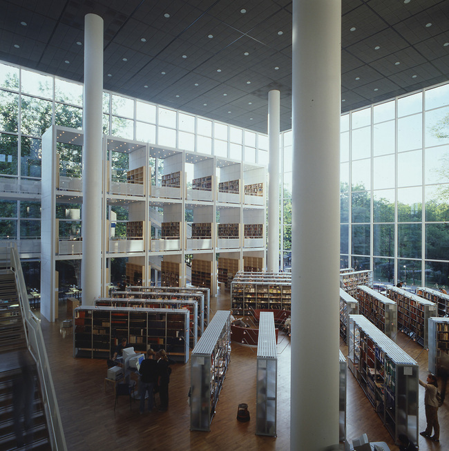 Malmö City Library (Sweden, 1997)