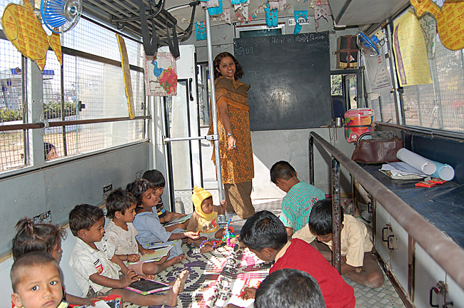 School on Wheels: Designer/implementer: Door Step School. Funders: Cummins India Pvt. Ltd. and Springer Science+Business Media Deutschland GmbH. Pune, India, 2000-present. Photo: © Vijay Gondi