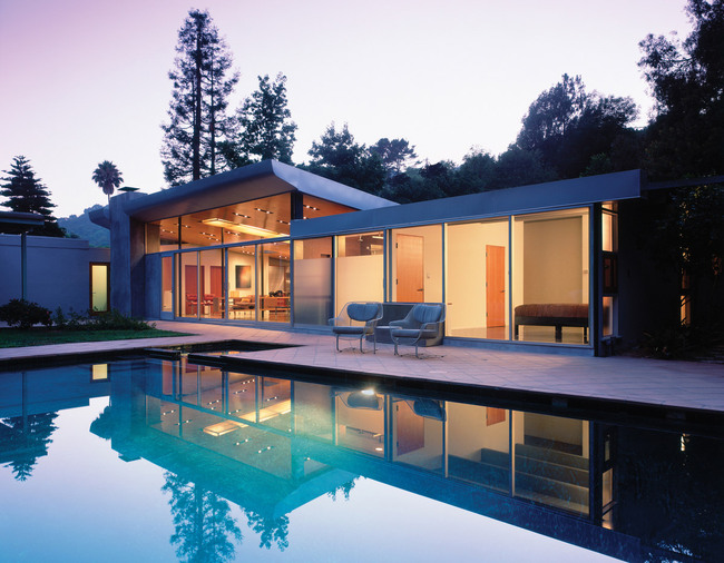 Benedict Canyon Residence in Los Angeles, CA by Griffin Enright Architects (Photo: Benny Chan, Fotoworks)