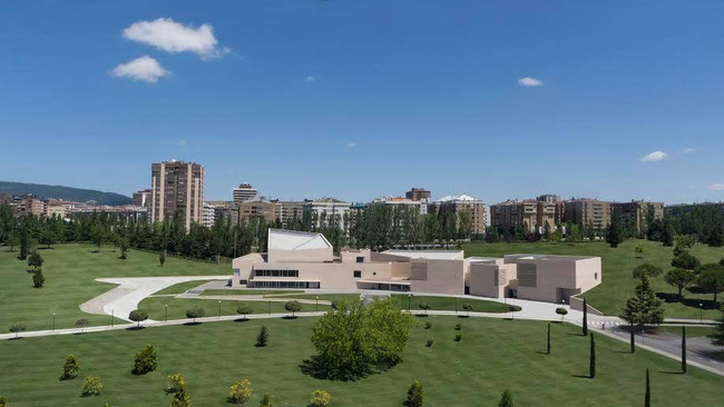 The brand new Museo Universidad de Navarra, designed by Pritzker prizewinner Rafael Moneo, is expected to bring a steady stream of tourists to Pamplona.