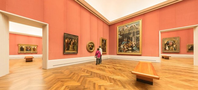 """Sometimes it feels as if Berlin's museum curators are making a special effort to keep visitors away,"" bemoans SPIEGEL author Ulrike Knöfel in her recent article. Seen in this picture are empty halls in Berlin's prestigious Gemäldegalerie. (Photo: JÜRGEN SCHRADER/SPIEGEL)"