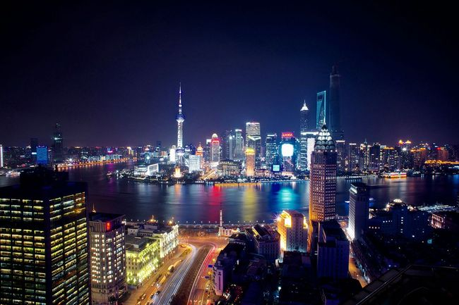 With more than half of China's 1.37B-people population living in cities (here Shanghai, the most populous metropolis in the world), the question of city design, management and safety is of top priority, says the statement by President Xi Jinping and government officials. (Image: Wikipedia)