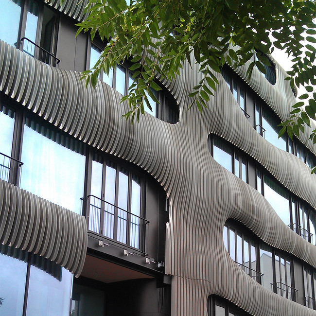 Facade of the J. MAYER H.-designed residential building JOH3 in central Berlin (Photo: Alexander Walter)