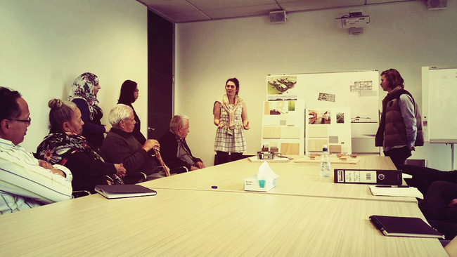 The interior team presenting [students standing from left: Aseel Al-Azi, Ameline Liew, Hannah Stephenson and Angus Beaton]