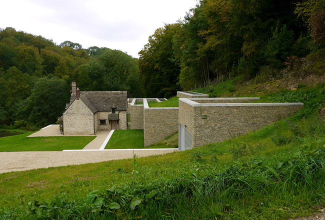 Private House in Gloucestershire by Found Associates (Photo: David Russell)