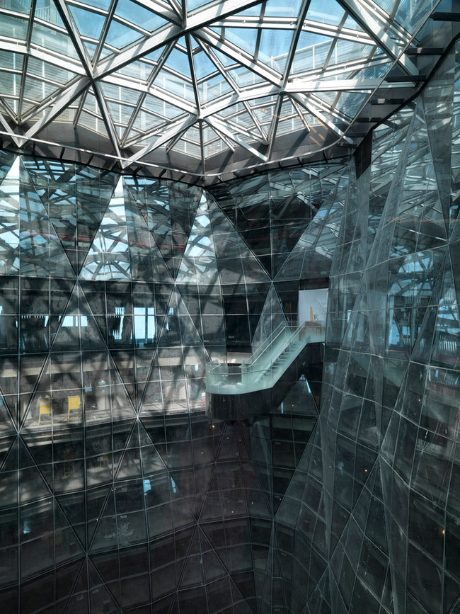 Guangzhou International Finance Center in Guangzhou, China by Wilkinson Eyre Architects (Photo: Jonathan Leijonhufvud)