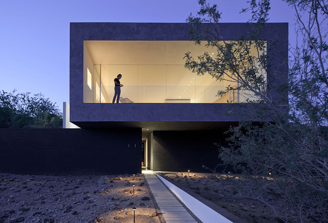 Dialogue House in Phoenix, AZ by Wendell Burnette Architects; Photo: Bill Timmerman photographs
