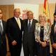 Ignacio Marqués Martínez (Gea Arquitectos), Consul en Linz (H.Pedak), Embajador de España en Austria y su esposa (D. Yago Pico de Coaña y de Valicourt) y Carlos Torres Mansilla (Gea Arquitectos)